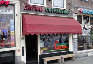 Central coffeeshop Prins Hendrikkade 89