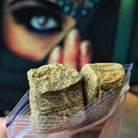 #StrawBerryBanana #Hash 🍓🍌 #HollandsFinest 🥇🏆