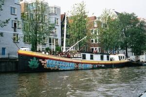 tboat coffeeshop amsterdam 2001