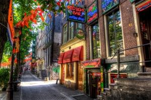 cannabis-weed-coffee-shop-amsterdam